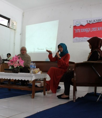 GALERI TALKSHOW &#8220;AKU BANGGA MENJADI MAHASISWA DHB&#8221;